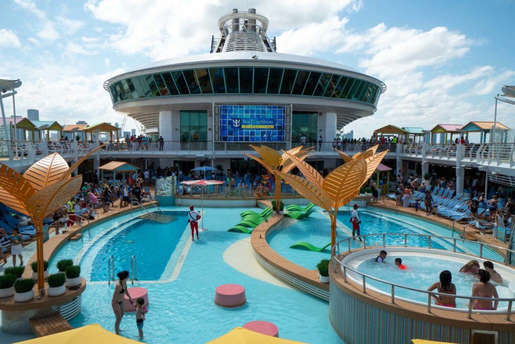 Royal Caribbean Navigator of the Seas pool deck