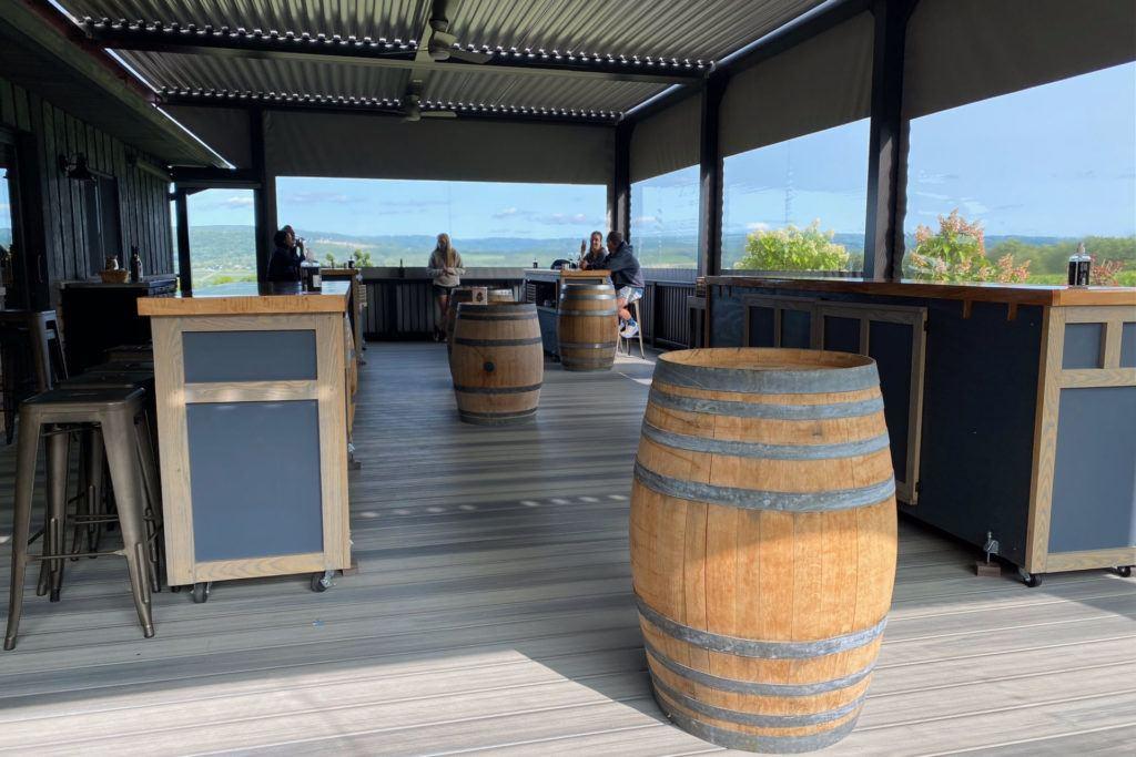 Lakewood Vineyards patio tasting room