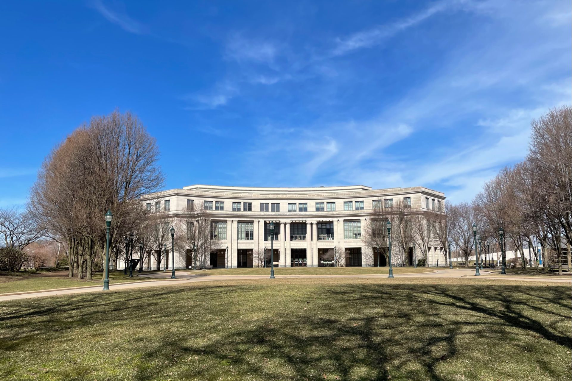 How to Visit the Case Western Reserve University Campus in Cleveland