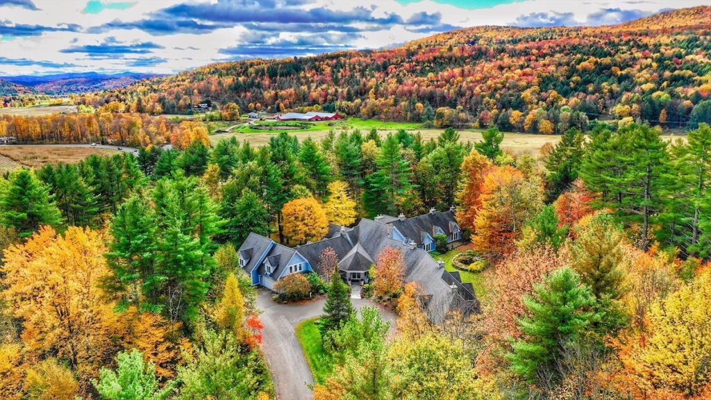 Aerial view with fall foliage of the Stone Hill Inn