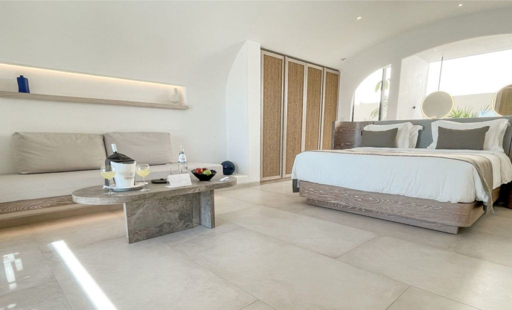 Canaves Oia Epitome honeymoon suite